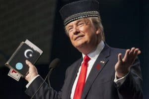 Donald Trump Tells World He Is Muslim