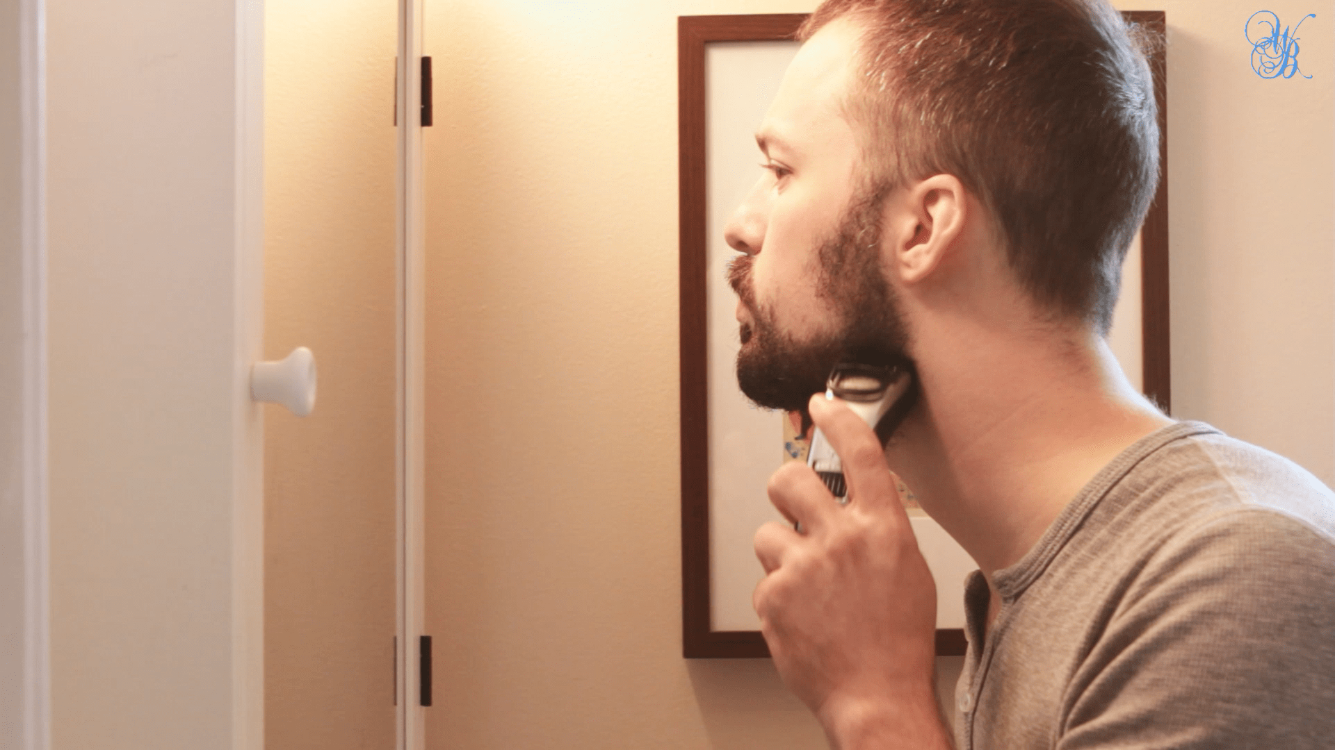 Inspiring! Man Trims Beard In Solidarity With Daughter [VIDEO]